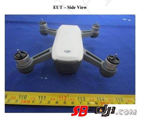 dron s kameroi